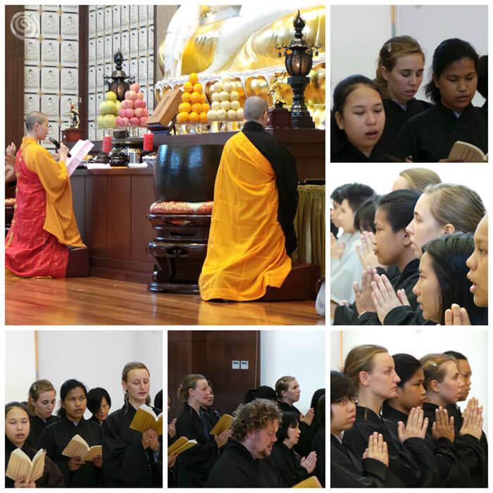 ceremonia en un templo budista