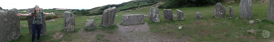 círculo megalítico Drombeg al oeste de Irlanda