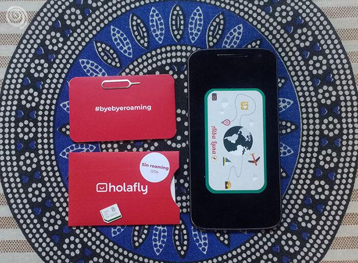 móvil con tarjetas SIM para tener una conexión a internet en los viajes